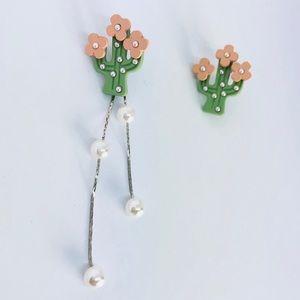 New!Cactus Pearl Drop Asymmetrical Earrings Silver